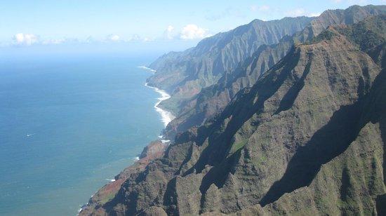 Mauna Loa Helicopter Tours: Napali Coastline