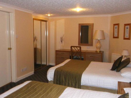 Golden Lion Hotel: Bedroom Area