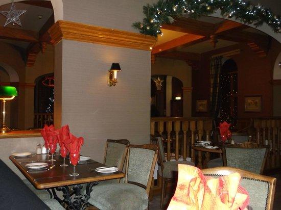 Golden Lion Hotel: Dining Area