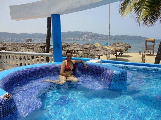 Krystal Beach Acapulco Piscina