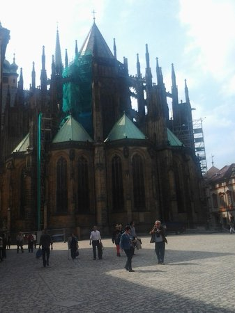 Château de Prague : The Cathedral within the Castle Grounds