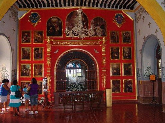 Hotel Macanche Bed & Breakfast: Convento Museum