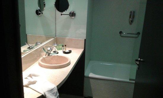 Lennox Hotel Buenos Aires : Banheiro