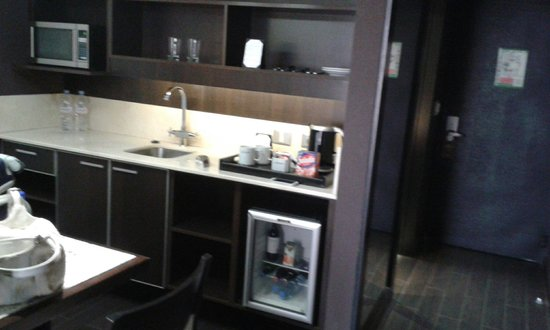 Lennox Hotel Buenos Aires : Quarto 408