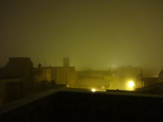 Dar El Jadida : View from the roof terrace at night