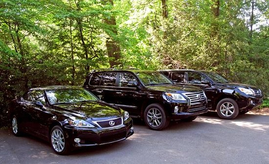 Blackberry Farm: Fleet of Lexus Vehicles