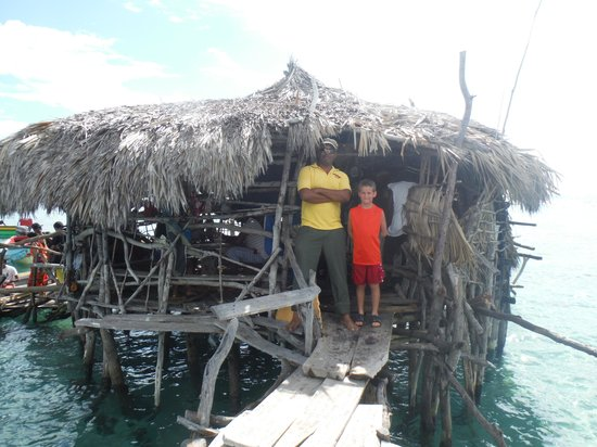 PPP Tran Tours Jamaica: Mr. Pugh at Pelican Bar with my youngest son