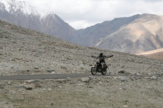 Dalhousie, India: Sach pass is Beautiful motorbike road to leh
