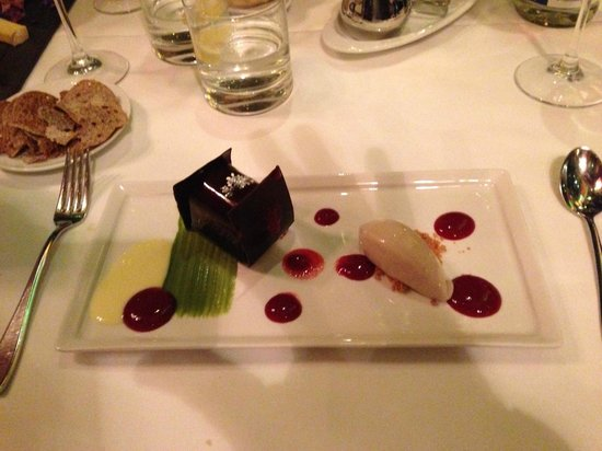 Le Saint-Amour: Pastry chef Eric Lessard's gourmandise!