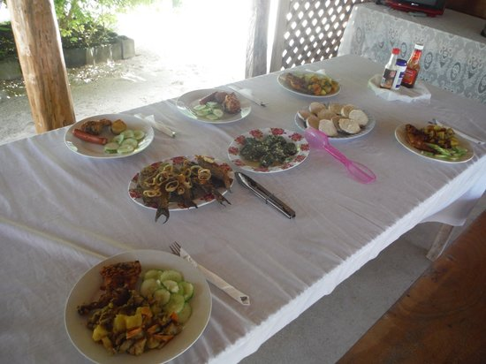Manusina Beach Fales: One example of the two awesome meals you get per day.