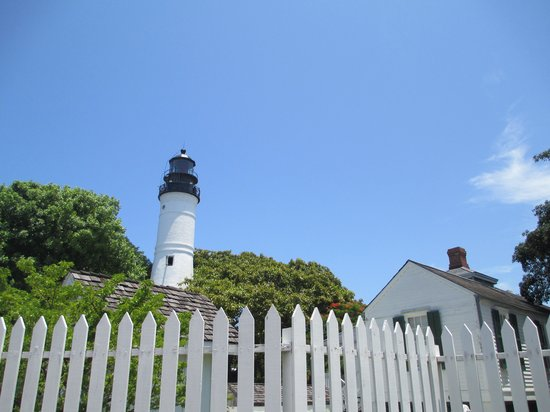 Galleria Guesthouse : Key West Lighthouse