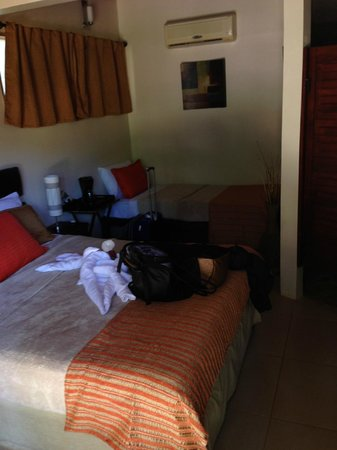 Hotel Luamey: the room