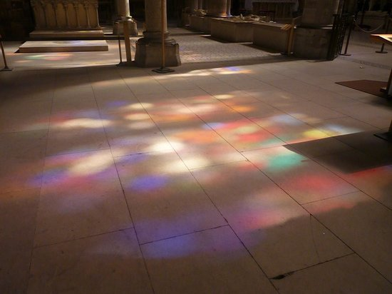 Plaine Commune Grand Paris Tourist Office: the control of light and color