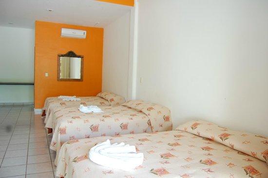 Hotel Balcon Gueela : Habitación Triple