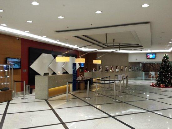 Hotel Novotel Sao Paulo Jaragua Convention : lobby reformado, como todo o hotel