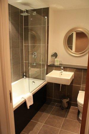 Fraser Suites Glasgow: Bathroom