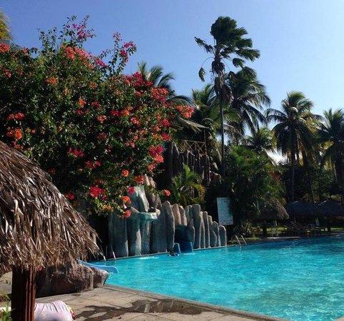 Hotel Longarone: pool and water slide