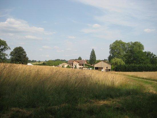 Le Logis des Quatre Puits : View of Les Quatre Puits from the East