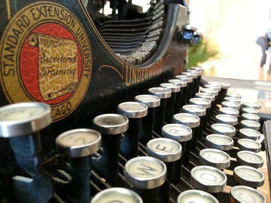 1899 Inn: There are a few antiques scattered around the Inn, such as this Underwood No. 5 typewriter.