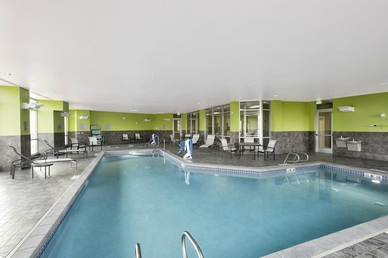 SpringHill Suites Bellingham: Large Indoor Pool and Hot Tub