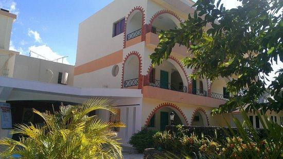 Don Antonio Aparta Hotel: room from pool