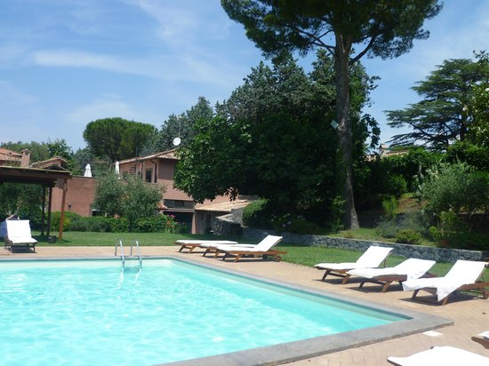 Park Hotel Villa Grazioli: Lovely pool and garden