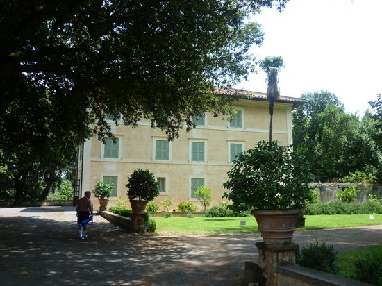 Park Hotel Villa Grazioli: The hotel rooms in the gardens