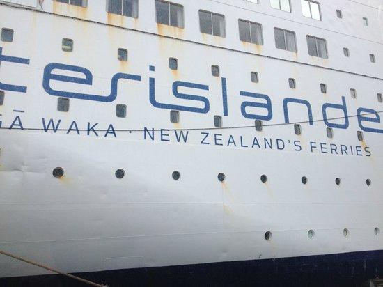 Interislander: Boarding the ferry