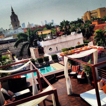 Anandá Hotel Boutique: Vista terraza