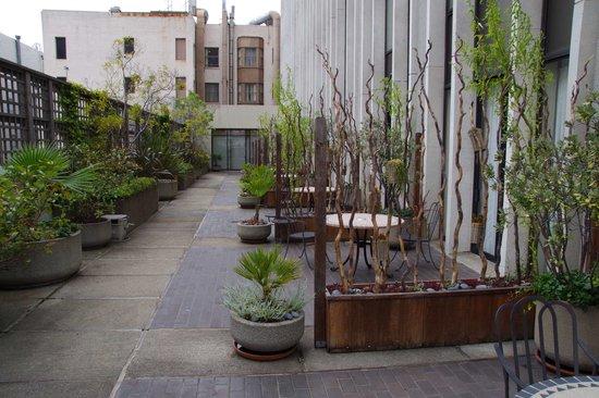 The Donatello : the patio area.