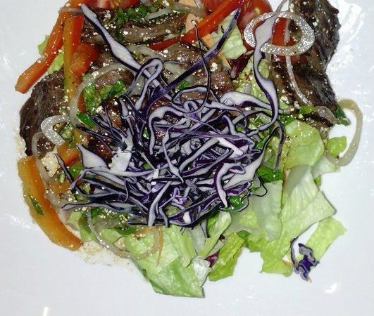 Bangkok City: beef salad