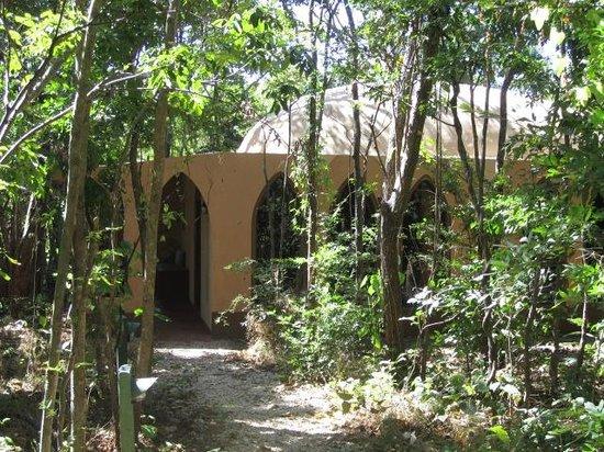 Mundo Milo Eco Lodge: Persian cabina