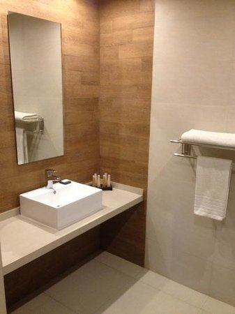 Hotel Plaza Central Canning: clean bathroom, great water pressure.