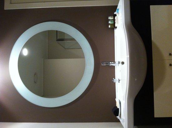 Hotel on Devonport: Sink