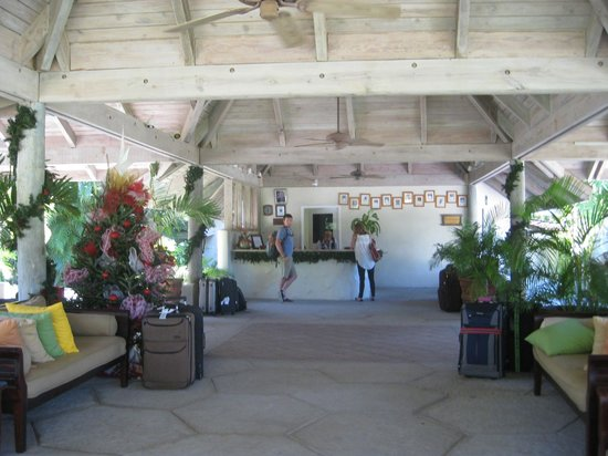 Galley Bay Resort : welcome reception area