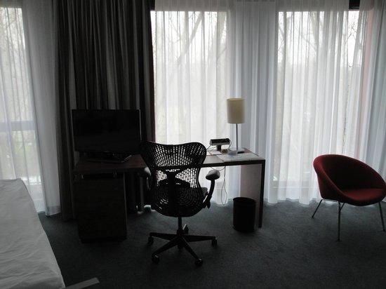 Hilton Garden Inn Stuttgart NeckarPark: room