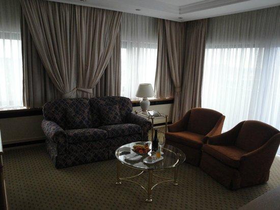 InterContinental Frankfurt: living room