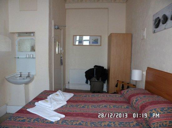 Bay County Hotel: ROOM