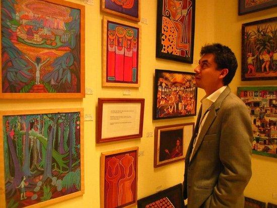 La Galeria : Buenas obras... pésima atención.