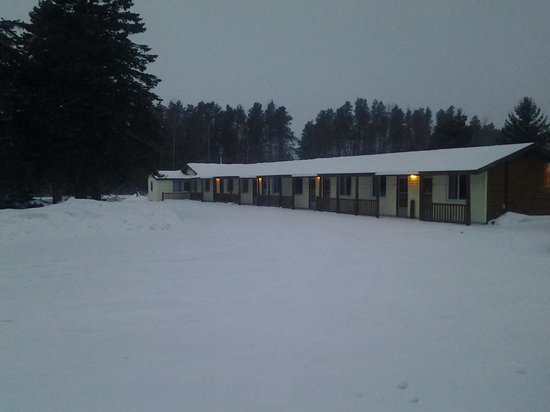 Lake City Motel: Welcome ★★Ready for snowmobile season to begin!