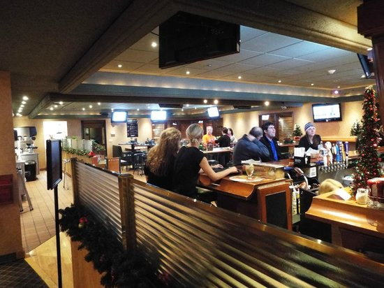 The SandWedge Bar & Grille: View of bar area