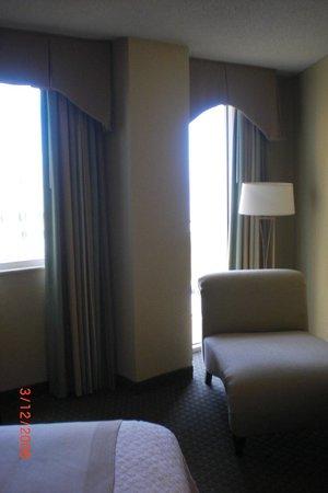 Embassy Suites by Hilton Deerfield Beach - Resort & Spa: Master bedroom