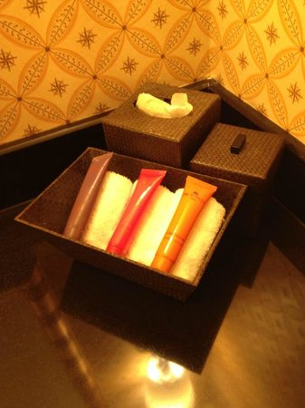 Kimpton Marlowe Hotel: Etro products