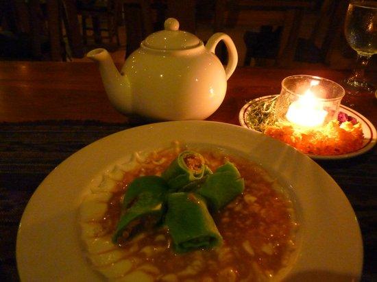 Saren Indah Hotel: A lovely evening dessert at the Saren Indah Restaurant. Exquisite yet affordable!