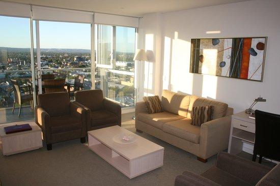 iStay Precinct: Living Room 1703