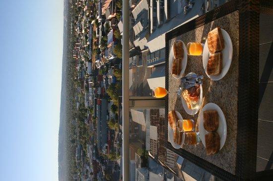 iStay Precinct: Breakfast Balcony 1703