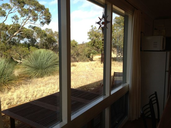 Kangaroo Island Bush Getaway: Outside view from the living room