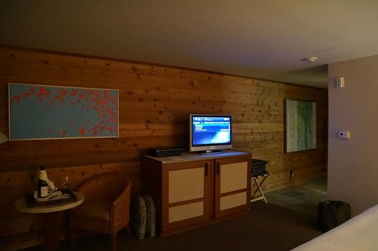 Ventana Inn & Spa: bedroom