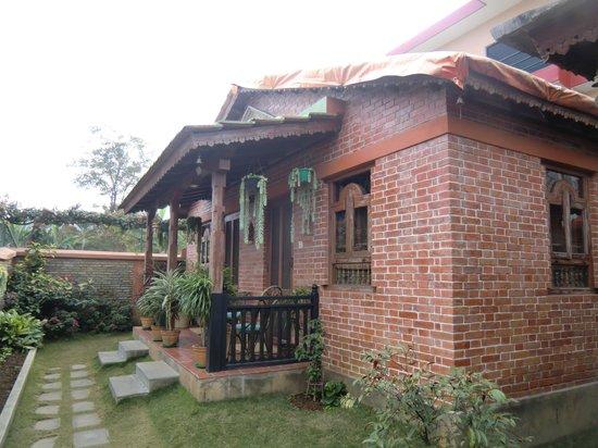 Vardan Resort n' Apartment: cottage