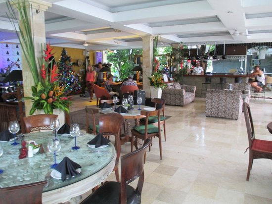 Bali Mystique Hotel and Apartments: reception area
